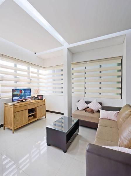 Studio Denny Setiawan Citra Garden House Jakarta, Indonesia Jakarta, Indonesia Livingroom-View-3  7423