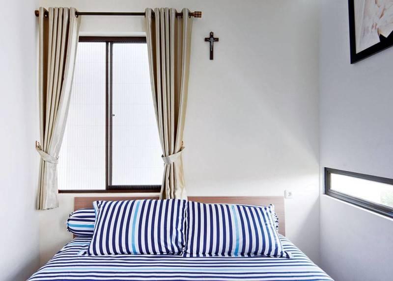 Studio Denny Setiawan Citra Garden House Jakarta, Indonesia Jakarta, Indonesia Bedroom-View-1  7427