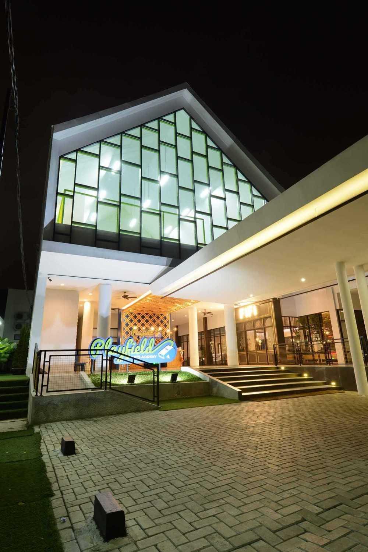 Studio Denny Setiawan Playfield Kids Academy West Jakarta West Jakarta Parking Area  23518