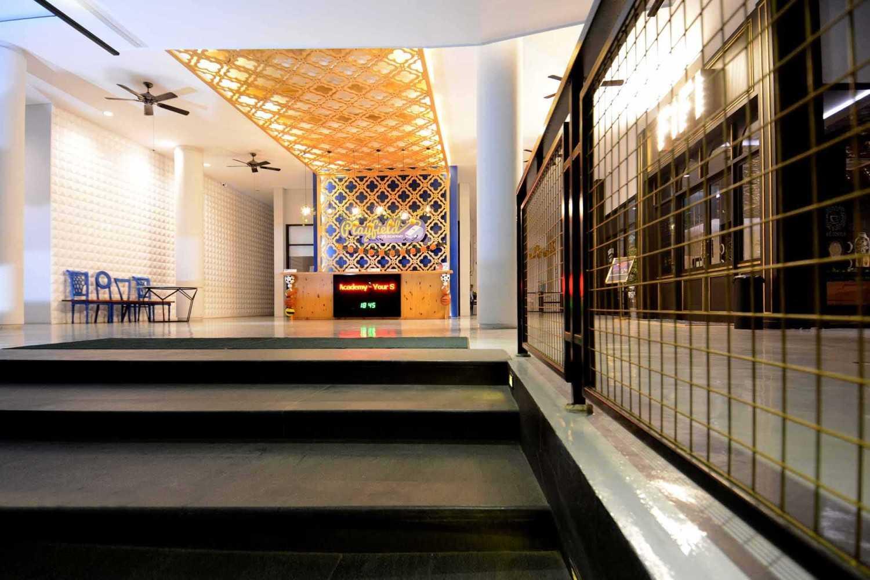 Studio Denny Setiawan Playfield Kids Academy West Jakarta West Jakarta Stairs To Entrance  23521