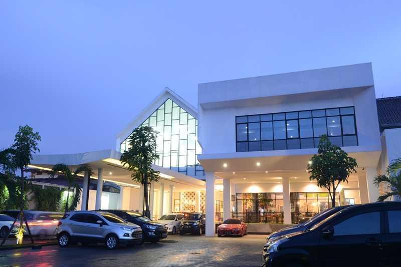 Studio Denny Setiawan Playfield Kids Academy West Jakarta West Jakarta Facade View  23523
