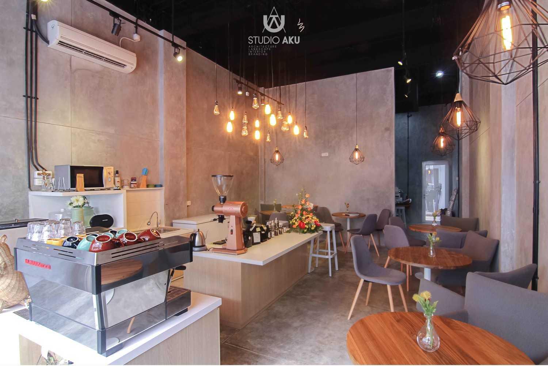 Studio Aku Spotten Alam Sutera, Ruko Prominence Alam Sutera, Ruko Prominence Dining Area Minimalis,modern,kontemporer,skandinavia 9314