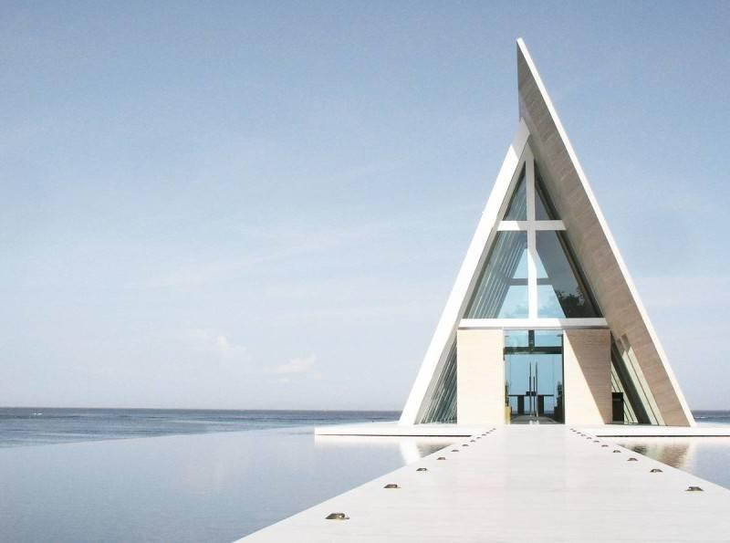 Jasa Arsitek Antony Liu + Ferry Ridwan / Studio TonTon di Bali