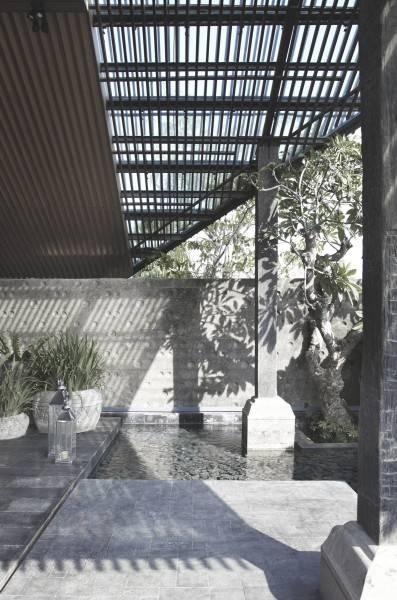 Antony Liu + Ferry Ridwan / Studio Tonton Ametis Villa Canggu, Bali Canggu, Bali Exterior Modern 7975