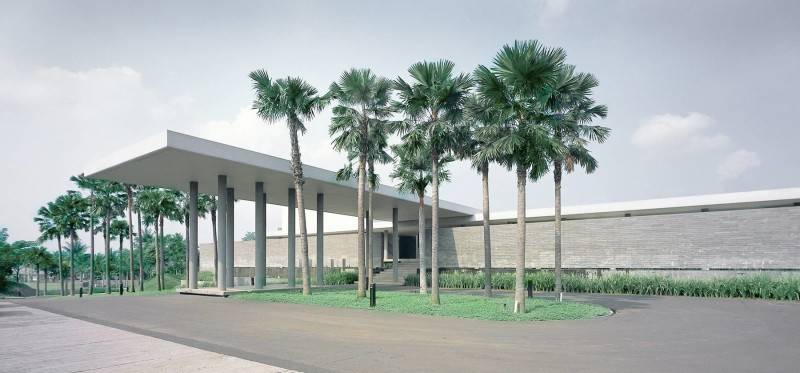 Antony Liu + Ferry Ridwan / Studio Tonton Bukit Golf Club House Cimanggis Cimanggis Facade View Modern 8012