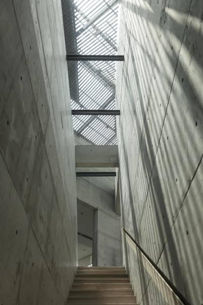 Antony Liu + Ferry Ridwan / Studio Tonton Js House Tulodong, Jakarta, Indonesia Tulodong, Jakarta, Indonesia Js House - Stairs Industrial 8123