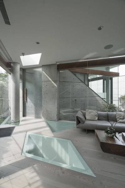 Antony Liu + Ferry Ridwan / Studio Tonton Js House Tulodong, Jakarta, Indonesia Tulodong, Jakarta, Indonesia Js House - Living Room Industrial 8128