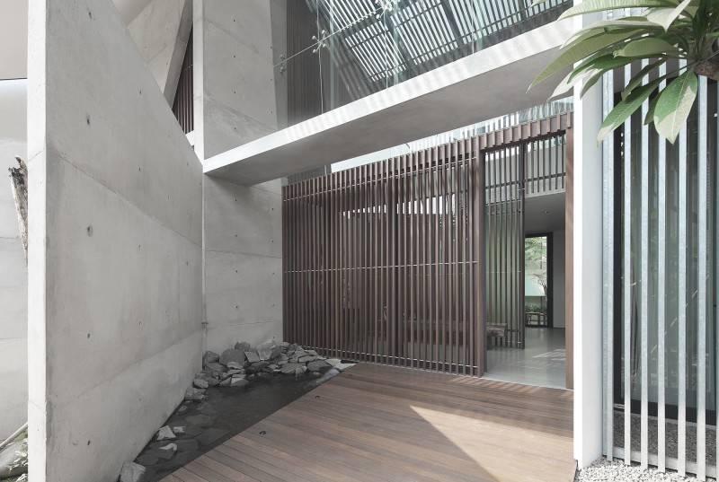 Antony Liu + Ferry Ridwan / Studio Tonton Mm House Permata Buana, Jakarta, Indonesia Permata Buana, Jakarta, Indonesia Entrance Area Modern 8150