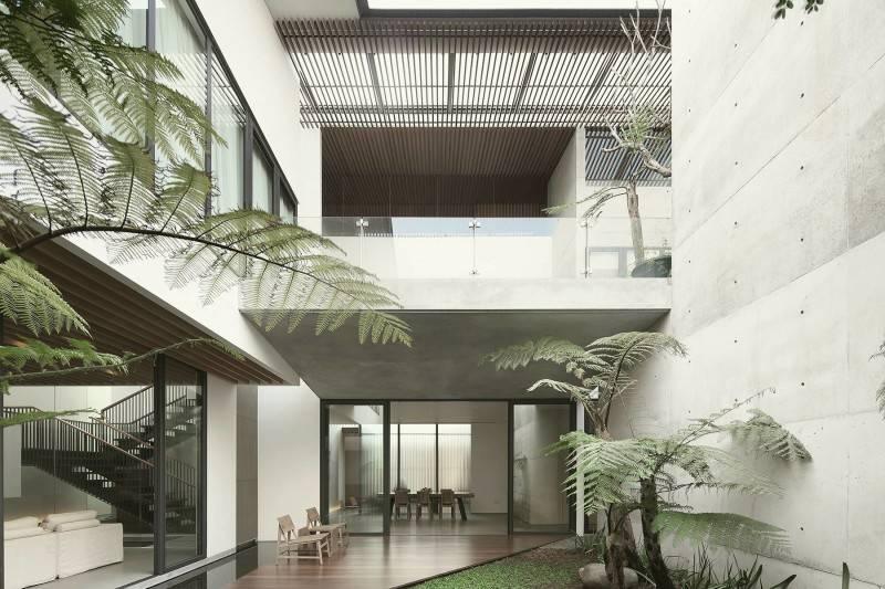 Antony Liu + Ferry Ridwan / Studio Tonton Mm House Permata Buana, Jakarta, Indonesia Permata Buana, Jakarta, Indonesia Courtyard Modern 8166