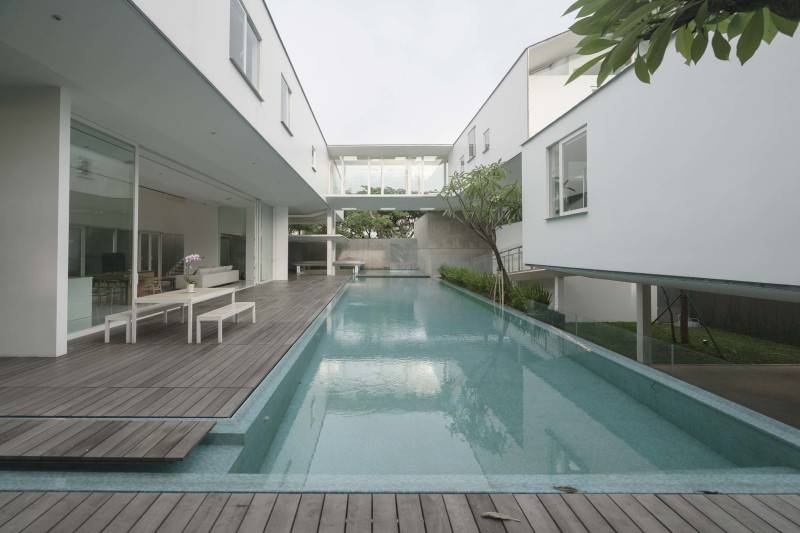 Antony Liu + Ferry Ridwan / Studio Tonton Is House Tangerang Tangerang Swimming Pool Area Modern 8174