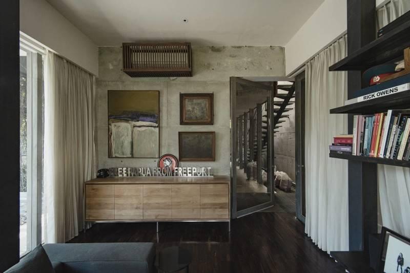 Foto inspirasi ide desain ruang kerja minimalis Workroom oleh Antony Liu + Ferry Ridwan / Studio TonTon di Arsitag