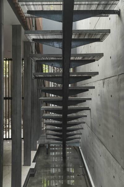 Antony Liu + Ferry Ridwan / Studio Tonton L+L House Tanah Teduh, Jakarta, Indonesia Tanah Teduh, Jakarta, Indonesia Stairs Modern 8206