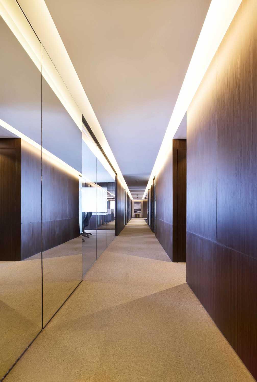 Chrystalline Artchitect Pt. Luvitasindo Office  Jakarta, Indonesia Jakarta, Indonesia Corridor Room  8469