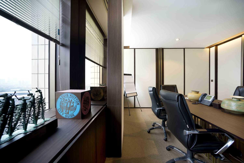 Chrystalline Artchitect Pt. Luvitasindo Office  Jakarta, Indonesia Jakarta, Indonesia Small Meeting Room  8472