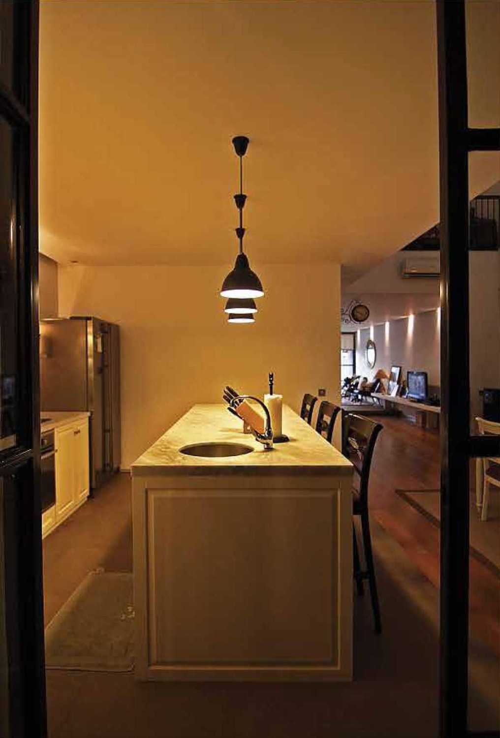 Platform Architects Saman House At Pantai Indah Kapuk Jakarta, Indonesia Jakarta, Indonesia Kitchen Area  8361
