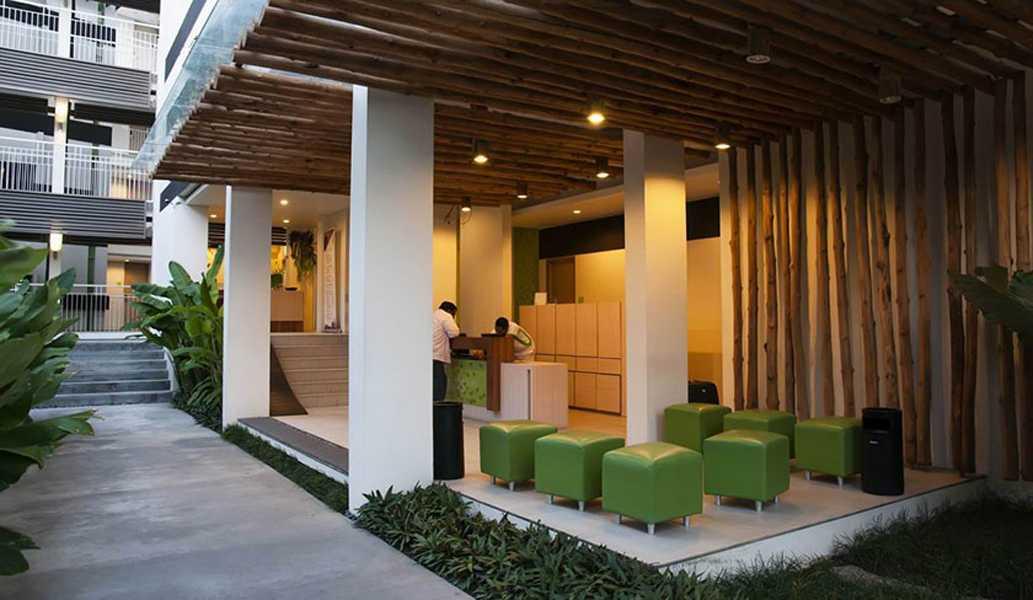 Foto inspirasi ide desain lobby minimalis Lobby hotel oleh IMAGO DESIGN STUDIO di Arsitag
