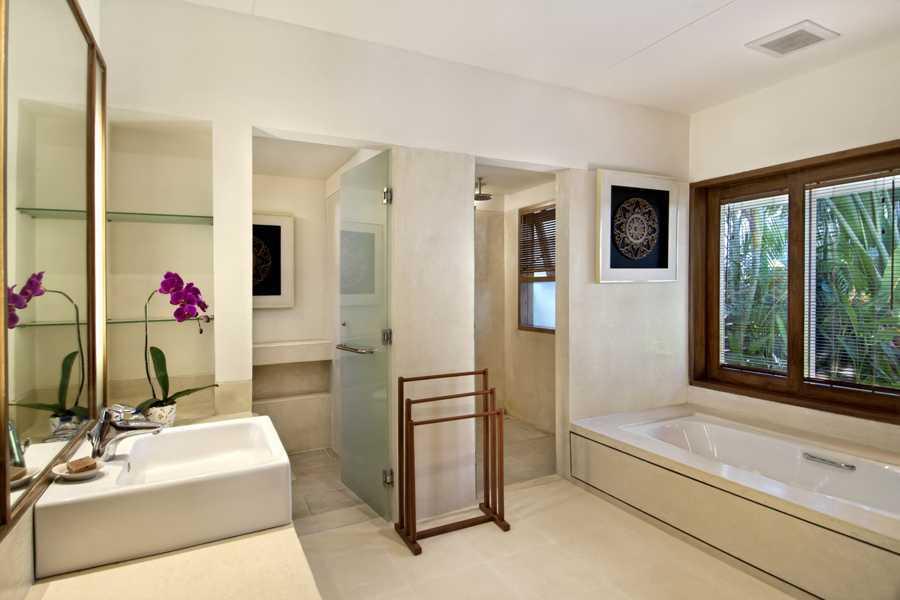 Imago Design Studio Villa Champa Balangan, Bali Balangan, Bali Bathroom Tropis 9161