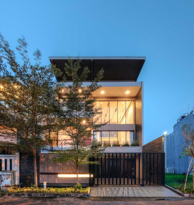 Dp+Hs Architects R+E House Daerah Khusus Ibukota Jakarta, Indonesia Daerah Khusus Ibukota Jakarta, Indonesia Dphs-Architects-Re-House Modern 51419