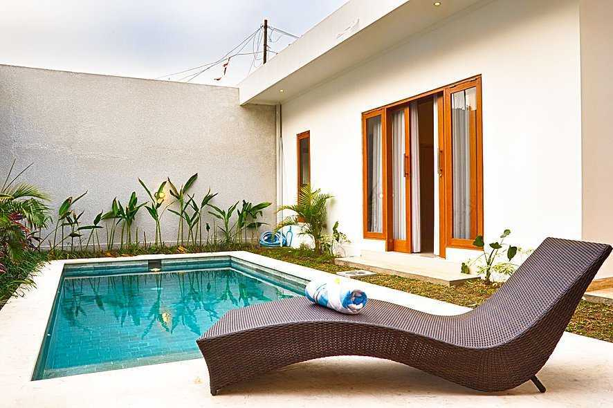 Studio Asri Pino Residence Jl. Raya Basangkasa, Seminyak, Kuta, Kabupaten Badung, Bali 80361, Indonesia Bali, Indonesia Swimming-Pool-Area  8583
