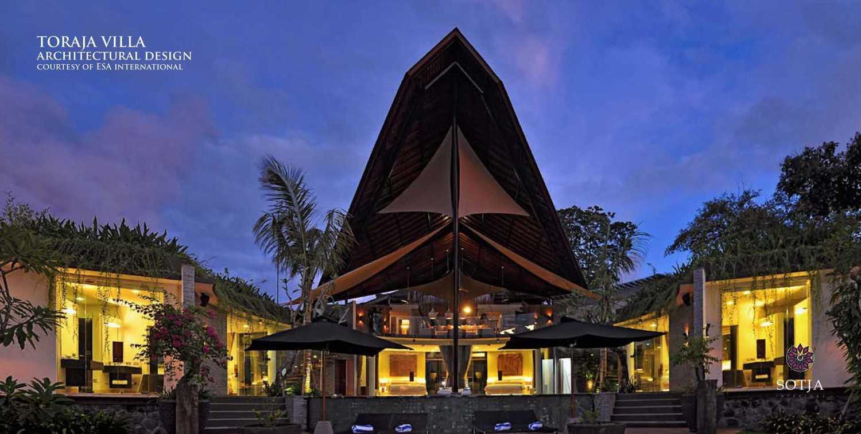 Foto inspirasi ide desain exterior tradisional Architectural-design oleh SOTJA Interiors di Arsitag