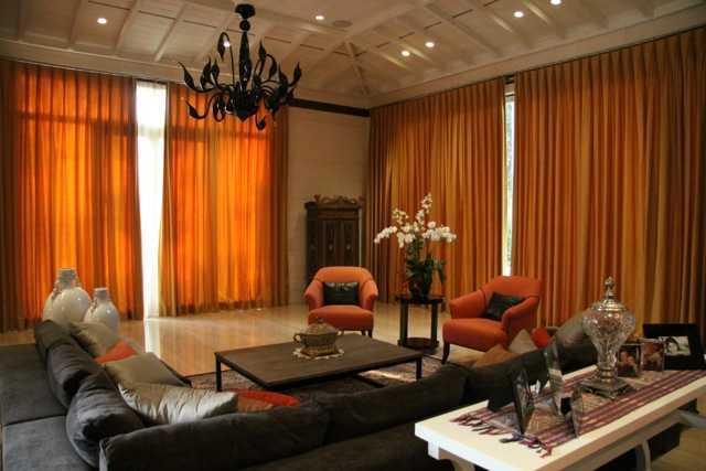 Foto inspirasi ide desain ruang keluarga Living room oleh Rudy Dodo di Arsitag