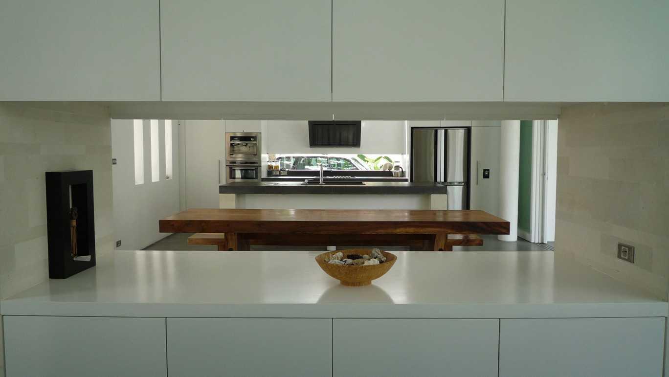 Og Architects Sekuta House Bali, Indonesia Bali, Indonesia Kitchen-And-Dining-Area  9213