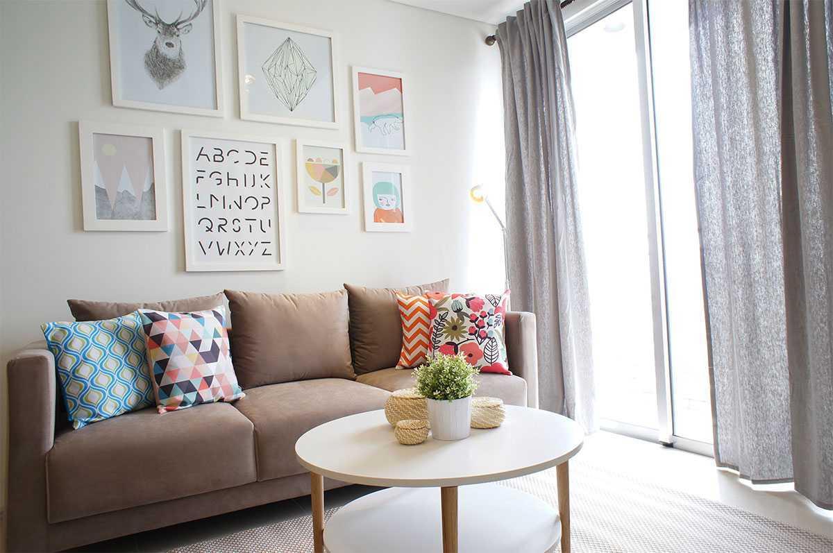 Foto inspirasi ide desain ruang keluarga skandinavia Livingroom oleh Vindo Design di Arsitag