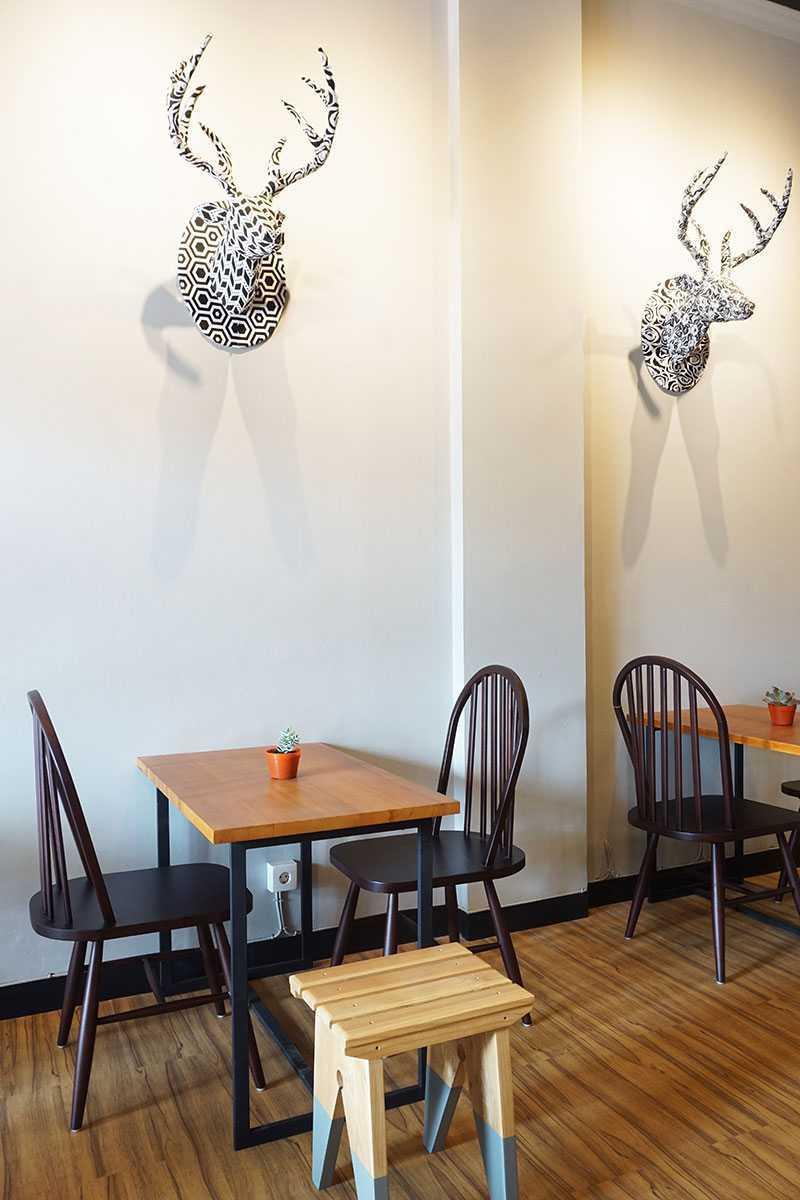 Vindo Design Wanderlust Coffee Shop Tangerang, Indonesia Tangerang, Indonesia Area Industrial 9273