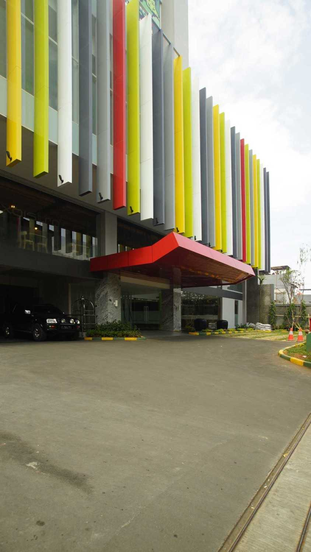 Pt.  Atelier Una Indonesia Maxone Hotel Pemuda Jakarta, Indonesia Jakarta, Indonesia Front-View  9489