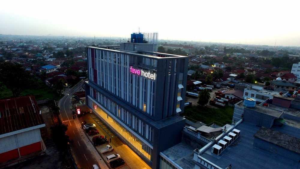 Pt.  Atelier Una Indonesia Fave Hotel Pekanbaru - Riau Pekanbaru, Kota Pekanbaru, Riau, Indonesia Pekanbaru, Kota Pekanbaru, Riau, Indonesia Exterior View Modern 46545