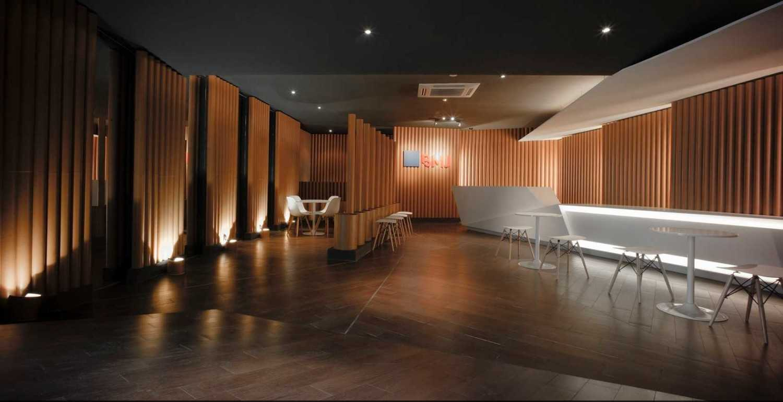 Ari Wibowo Design (Aw.d) Bmj Hq Karawang Karawang Lobby Modern 11378