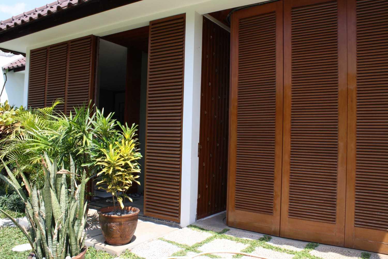 Foto inspirasi ide desain garasi kontemporer Img0240- oleh Jerry M. Febrino di Arsitag