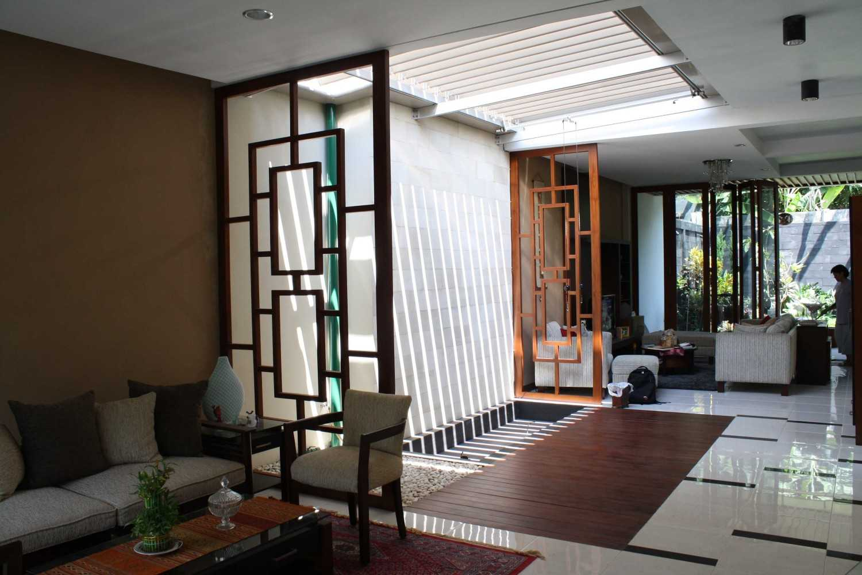Jerry M. Febrino Ai House Jakarta, Indonesia Jakarta, Indonesia Livingroom Kontemporer 9548