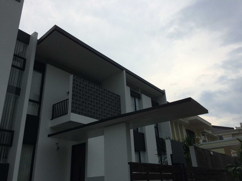 Jerry M. Febrino Rs House Jl. Pesona Paris, Ciangsana, Gn. Putri, Bogor, Jawa Barat 16968, Indonesia Kota Wisata Img0221 Modern 14918