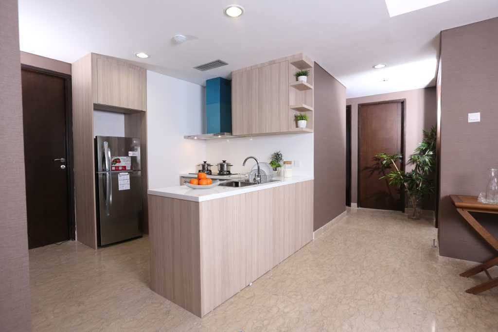 Vivere - Furniture & Home Decor Springhill Private Residence   Kitchen Asian 33852
