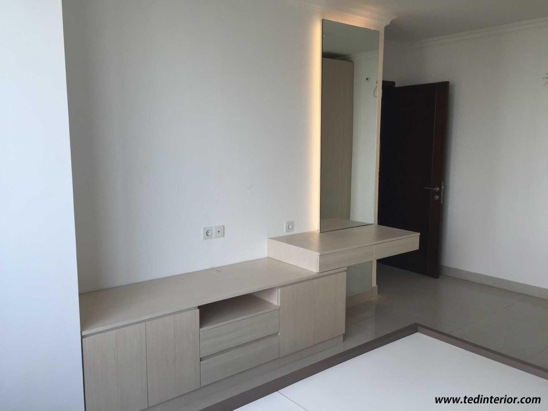 Pd Teguh Desain Indonesia Apartment Kuningan City Jakarta, Indonesia Jakarta, Indonesia Master-Bedroom-3 Modern 34864