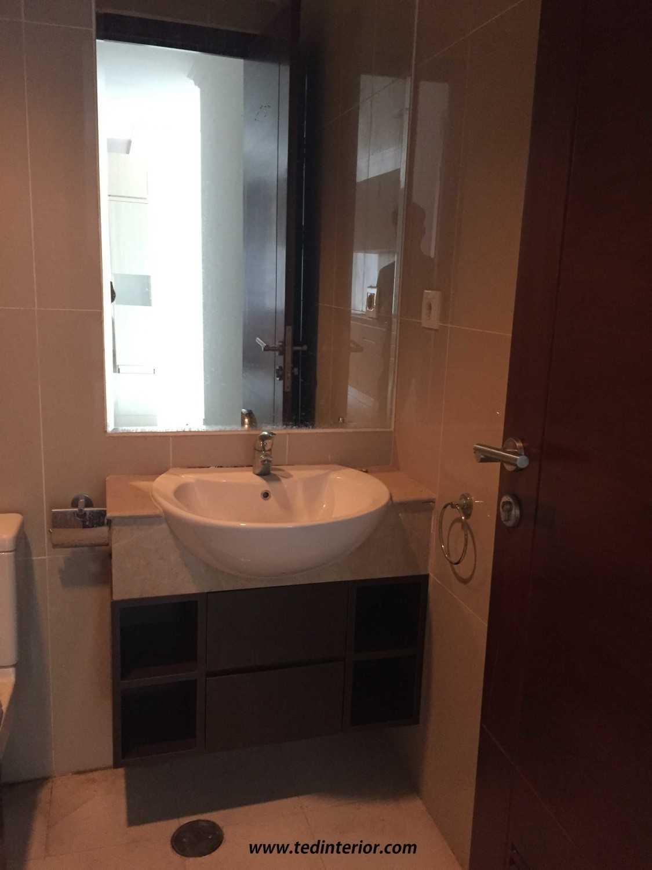 Pd Teguh Desain Indonesia Apartment Kuningan City Jakarta, Indonesia Jakarta, Indonesia Vanity-Toilet Modern 34866