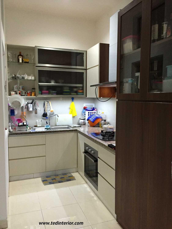 Pd Teguh Desain Indonesia Jelambar Residence Jakarta, Indonesia Jakarta, Indonesia Kitchen-Set Modern 35090