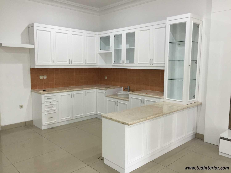 Pd Teguh Desain Indonesia Cluster Walet Indah Residence Jakarta, Indonesia Jakarta, Indonesia Kitchen-Set  35126