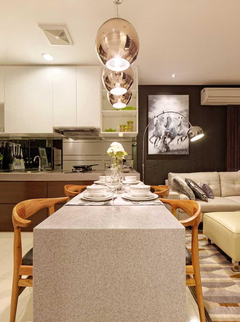 Teddykoo  2 Bedroom Show Unit Paddington Height Apartment  Alam Sutera  Alam Sutera  Dining Area Modern 9628