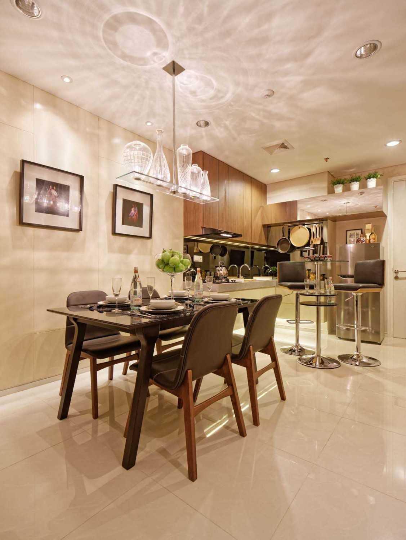 Teddykoo  3 Bedroom Loft Show Unit Paddington Height Apartment Alam Sutera  Alam Sutera  Diningroom  9631