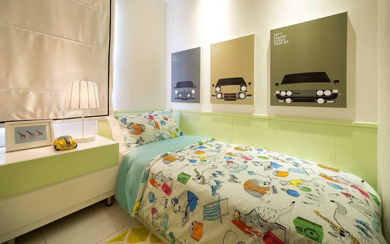 Foto inspirasi ide desain kamar tidur minimalis Kids bedroom oleh teddykoo  di Arsitag