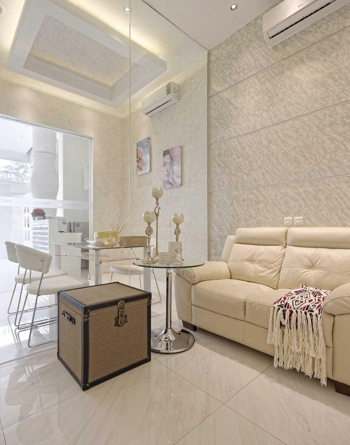 Teddykoo  Prettyland Jakarta Jakarta 042-Prettyland-2Quadran-Ed Kontemporer,modern 28244