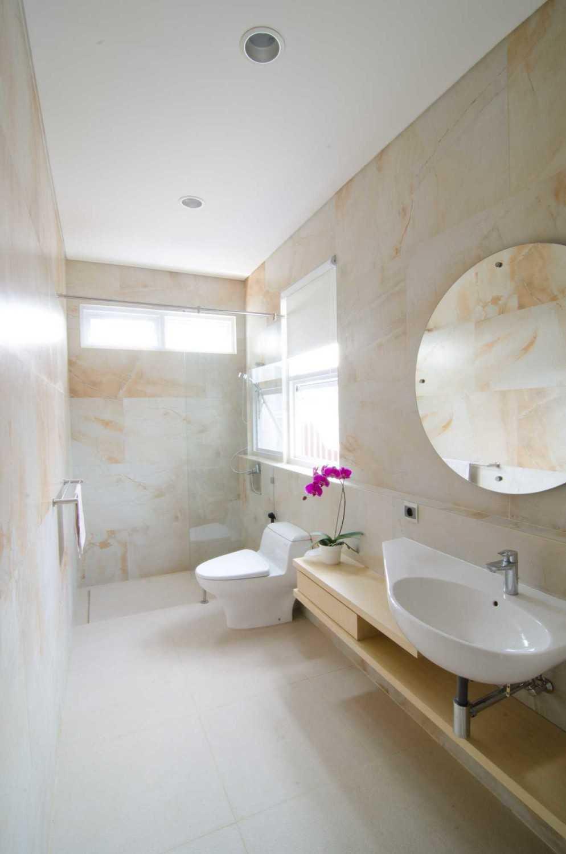 Erwin Kusuma Prv A126 Bandung Bandung Bathroom  9800