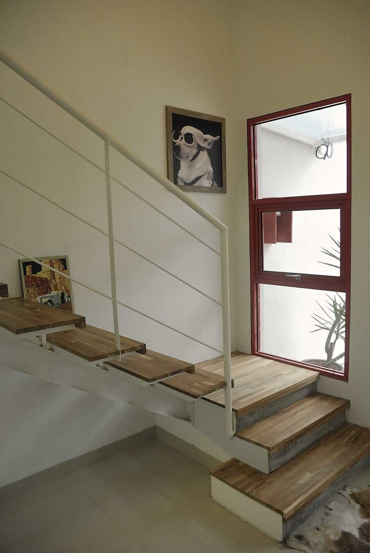 Erwin Kusuma Banjar Wijaya  Kota Tangerang, Banten, Indonesia Kota Tangerang, Banten, Indonesia Staircase Scandinavian 43133