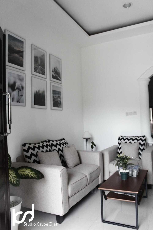 Hadid Syafaad Modern Scandinavian Home Cibubur Cibubur Logolicious20161116123853 Modern 16315