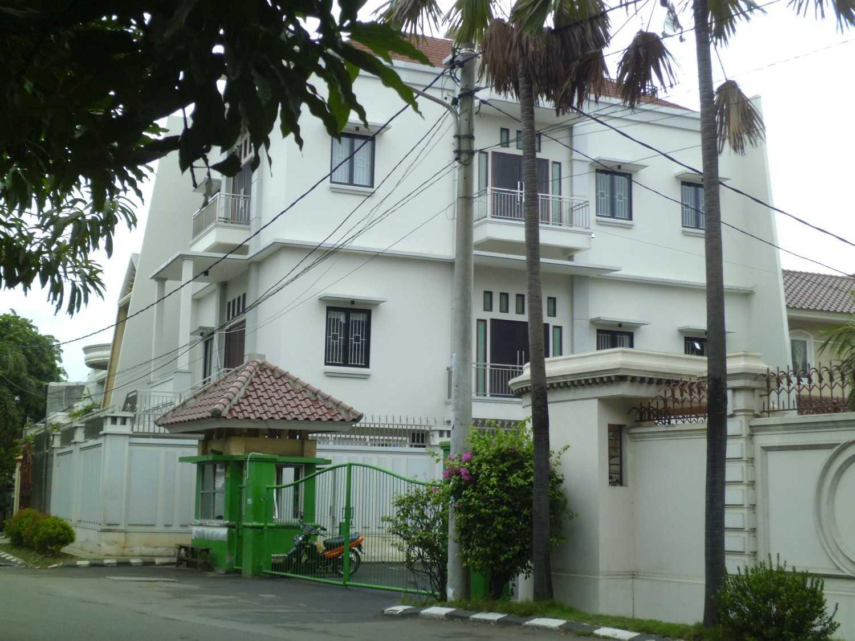 Kent Darwin Sunter Jakarta Jakarta P1020543 Klasik 26349