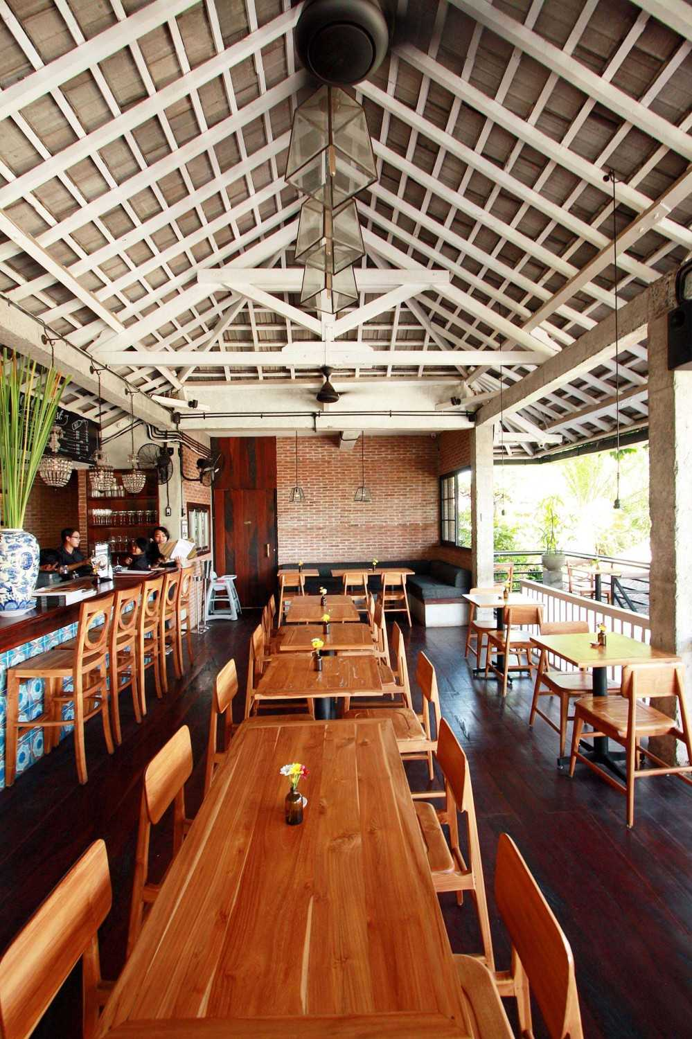 Ddap Architect Watercress Cafe At Ubud Ubud, Kabupaten Gianyar, Bali, Indonesia Bali, Indonesia 1St-Floor-Dining-Area Industrial 10486
