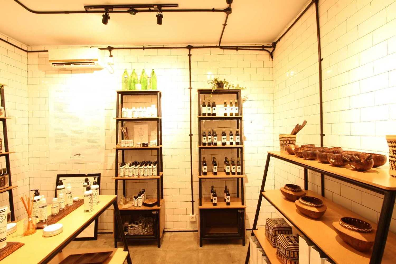 Ddap Architect Coconut Warung Shop & Cafe Ubud, Kabupaten Gianyar, Bali, Indonesia Bali Img0863 Industrial 28560