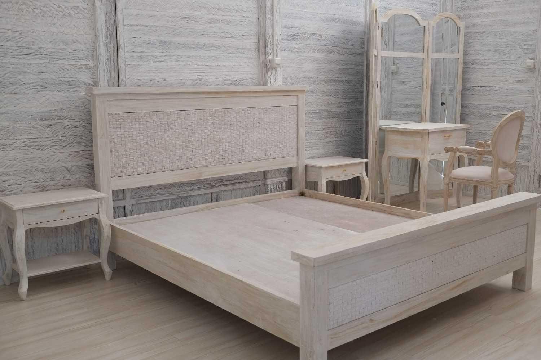 Iugo Design Villa At Lembang Bandung Bandung Bedroom Klasik 10369